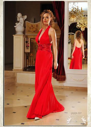 """Лучшие вечерние платья.   """"Модель (A)QA 337.  Длинное красное платье."""
