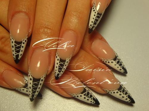ногти фото на острых ногтях
